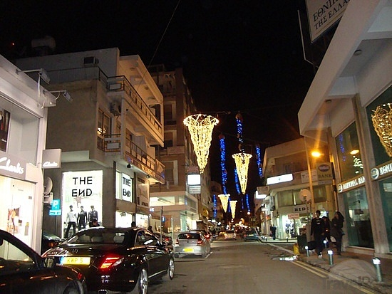larnaca-shopping-area-larnaca.jpg